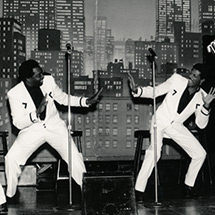 The Temptations perform